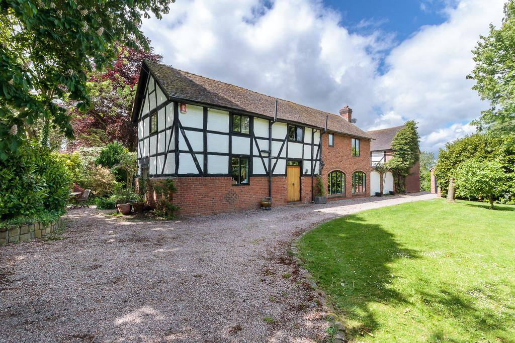 4 Bedrooms Barn Conversion Character Property for sale in Buerton, Cheshire