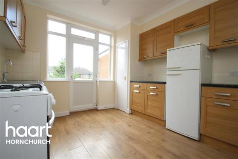 3 bedroom terraced house to rent - Ethelburga Road, Harold Wood, RM3