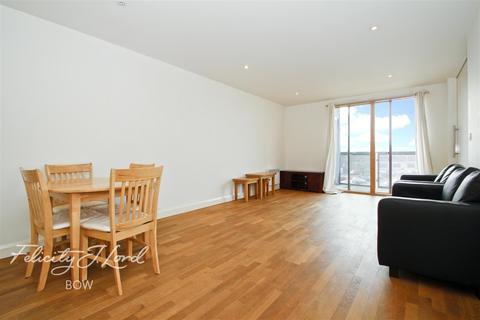 2 bedroom flat to rent - Island House, Three Mill Lane, E3