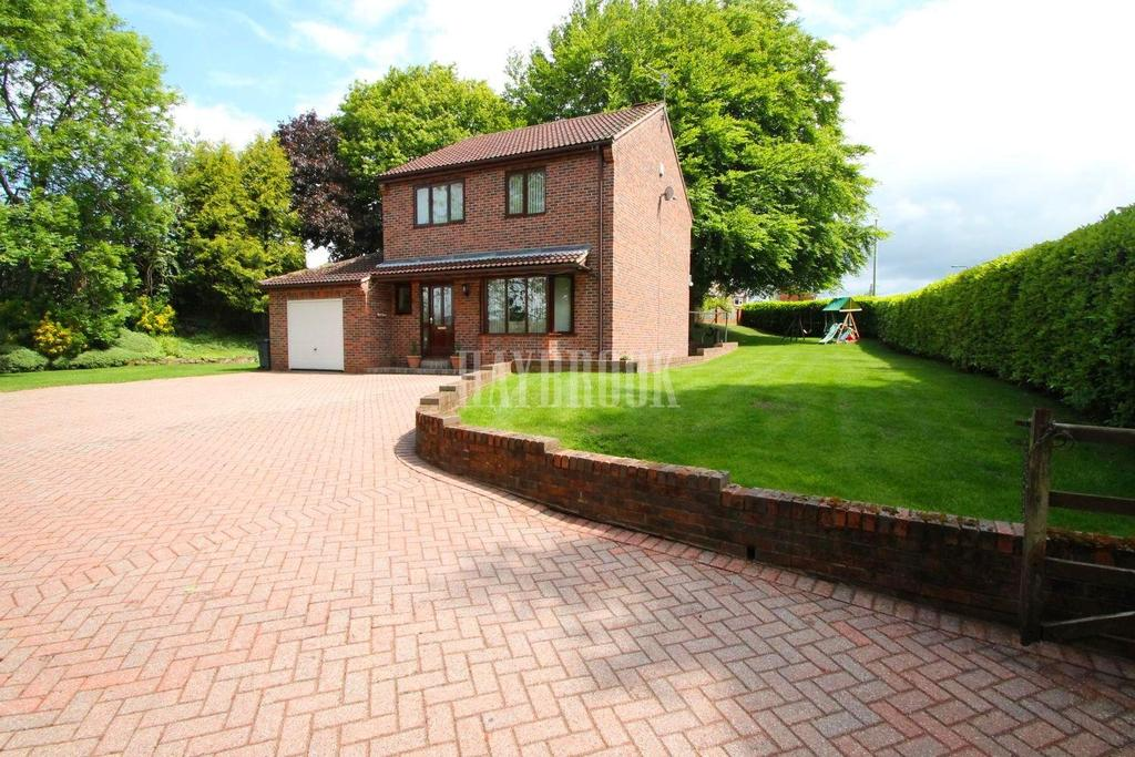 3 Bedrooms Detached House for sale in Quarry House, Quarry Hill Road