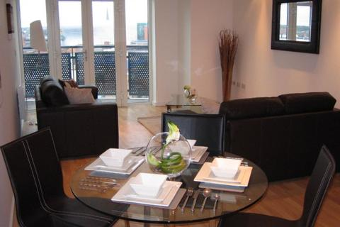 2 bedroom apartment to rent - MASSHOUSE LARGE WELL FURNISHED 2 BED, SOUTH FACING WITH BALCONY AND PARKING