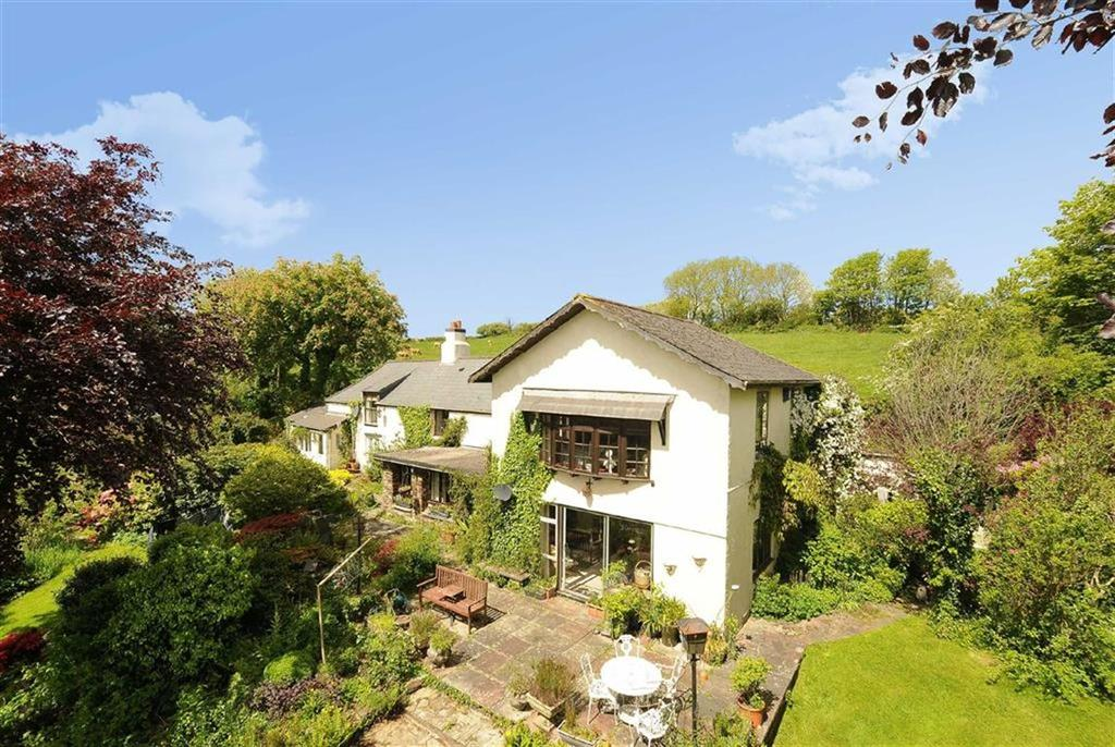 4 Bedrooms Detached House for sale in Menheniot, Liskeard, Cornwall, PL14