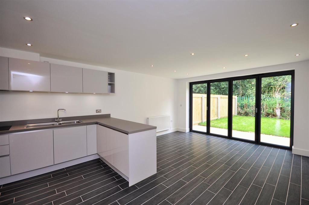 4 Bedrooms Town House for sale in 2 Holgate Mews, New Lane, Holgate,York