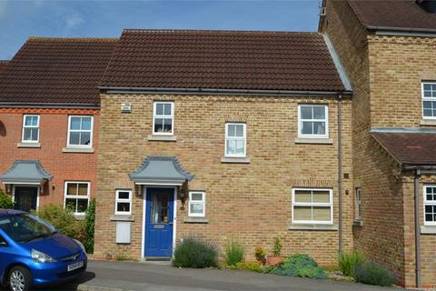 3 bedroom terraced house to rent - Kingfisher Road, SHEFFORD, Bedfordshire