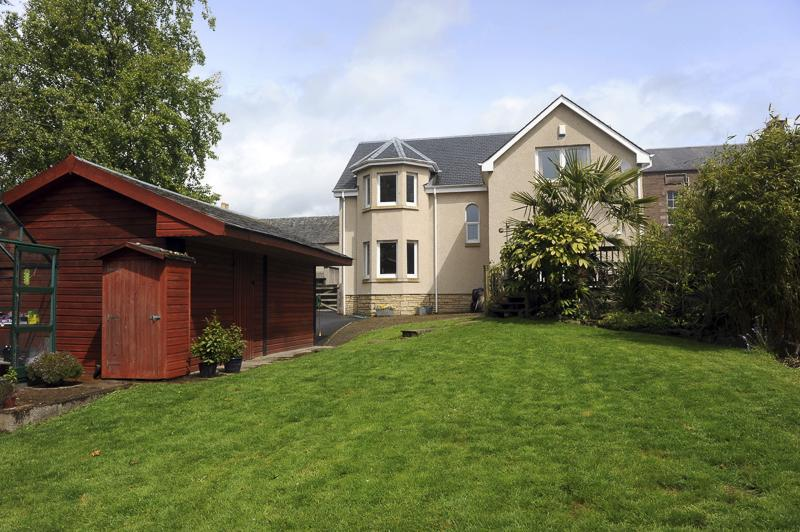 5 Bedrooms Detached House for sale in Brae House, Lodge Street, Crieff, Perthshire