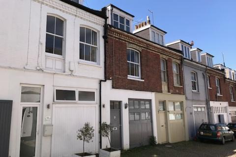 2 bedroom mews to rent - EATON GROVE, HOVE