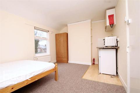1 bedroom house share to rent - Bedford Road, Reading, RG1 7EX