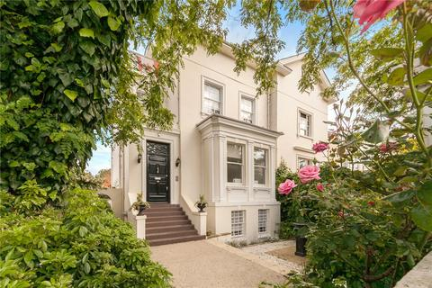 5 bedroom semi-detached house to rent - Queens Grove, London, NW8