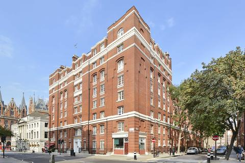 3 bedroom apartment to rent - Queen Alexandra Mansions, Hastings Street, Kings Cross, London, WC1H