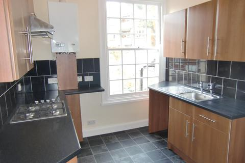 2 bedroom flat to rent - Castle Road, Southsea PO5