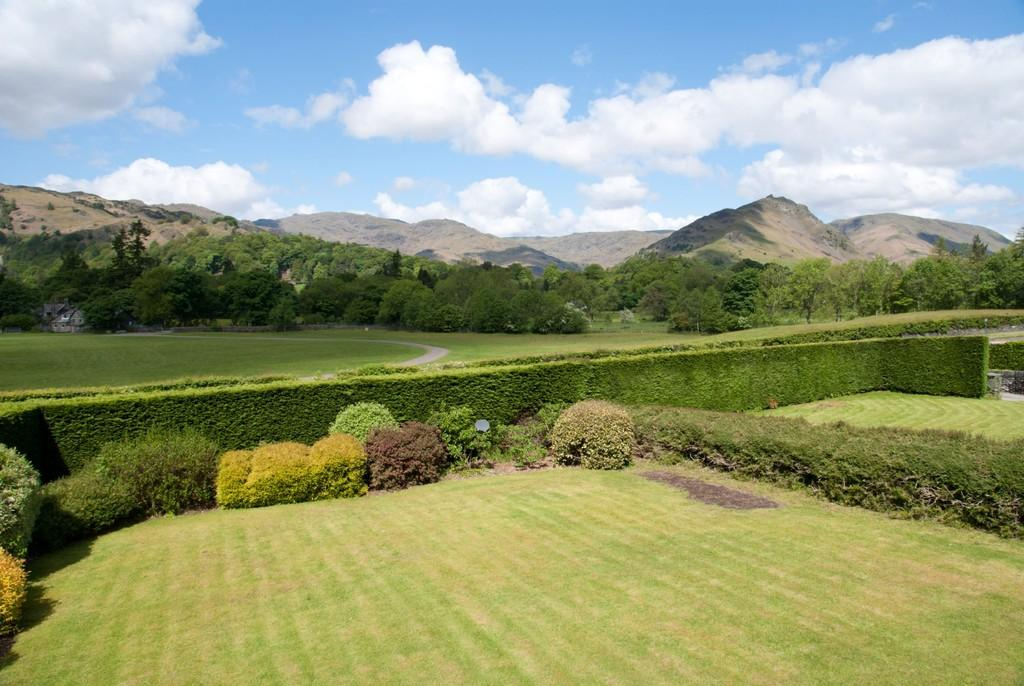 4 Bedrooms Detached House for sale in Low Fell, Keswick Road, Grasmere, LA22 9QY