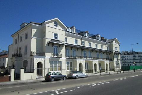 2 bedroom flat to rent - South Parade, Southsea, PO4