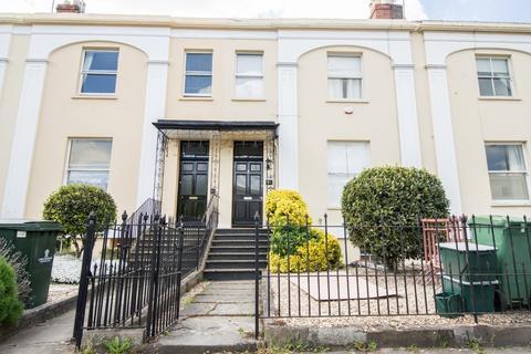 4 bedroom terraced house to rent - Bath Road, Cheltenham, GL53 7LH