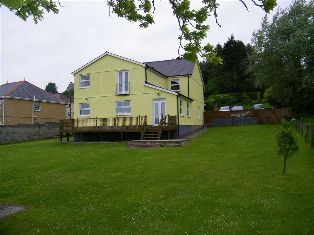 5 Bedrooms Detached House for sale in Llandeilo Road, Gorslas