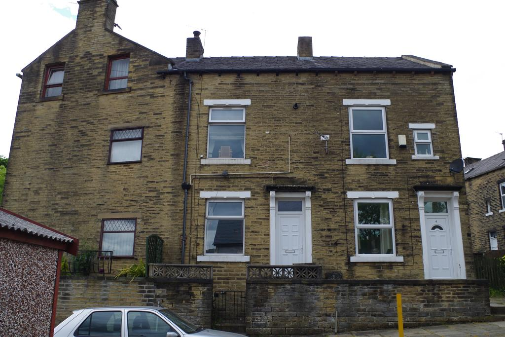 2 Bedrooms Terraced House for sale in Earls Terrace, Halifax HX3