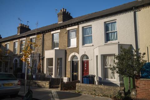 4 bedroom terraced house to rent - Tenison Road, Cambridge
