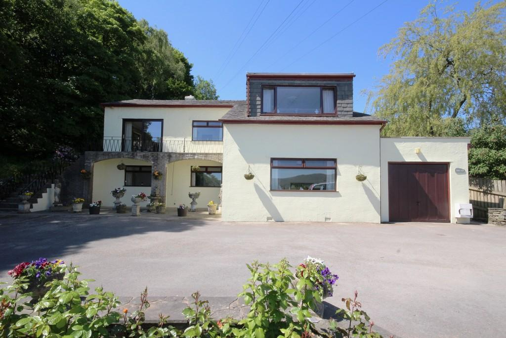 4 Bedrooms Detached House for sale in 6 Sheriff Bank, Greenodd