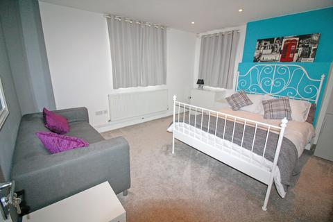 2 bedroom apartment to rent - Flat 1, Binley Road, Stoke, Coventry