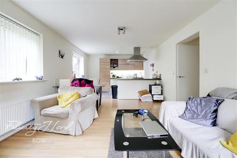 3 bedroom flat to rent - Cowden House, Bow Trinity, E3