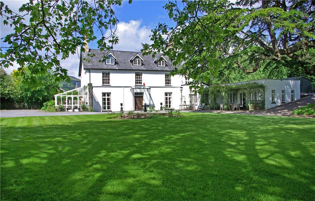 6 Bedrooms Detached House for sale in Dyffryn Crawnon, Llangynidr, Crickhowell, Powys, NP8