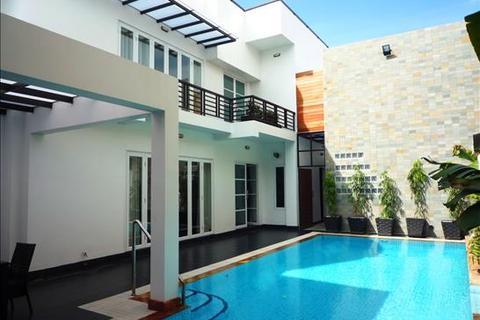 5 bedroom villa  - Western Style Villa in Toul Kork