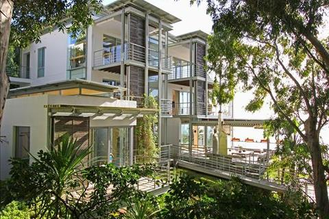4 bedroom house  - Bantry Bay, Cape Town