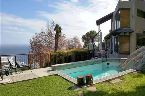 4 bedroom house  - Clifton, Cape Town