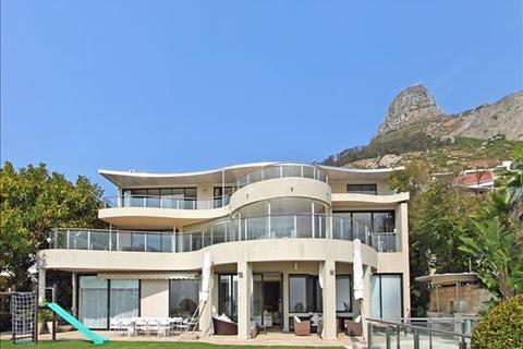 5 bedroom house  - Fresnaye, Cape Town