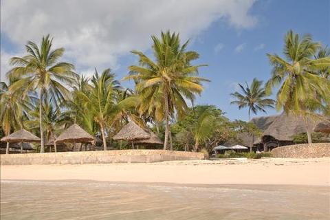 2 bedroom property  - Malindi, Driftwood Beach Club