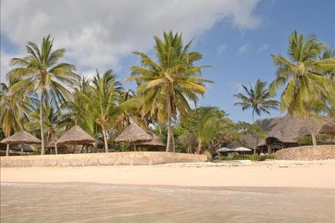 2 bedroom property  - Malindi, Driftwood Beach Club