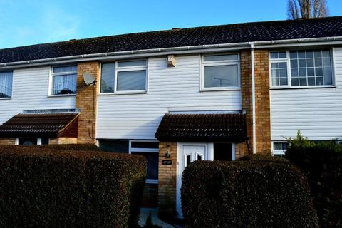 3 bedroom terraced house to rent - Bracklesham Gardens, Stopsley, Luton, Bedfordshire, LU2 8QL