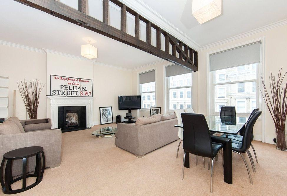 4 Bedrooms Flat for sale in Elvaston Place, London, SW7