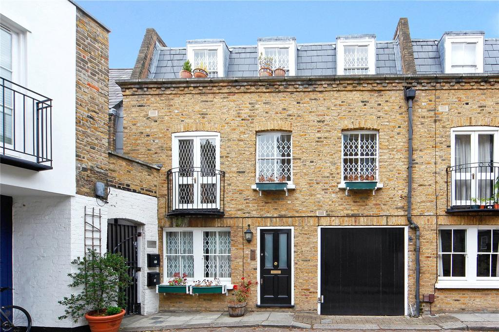 Bed Room Mews To Rent W W