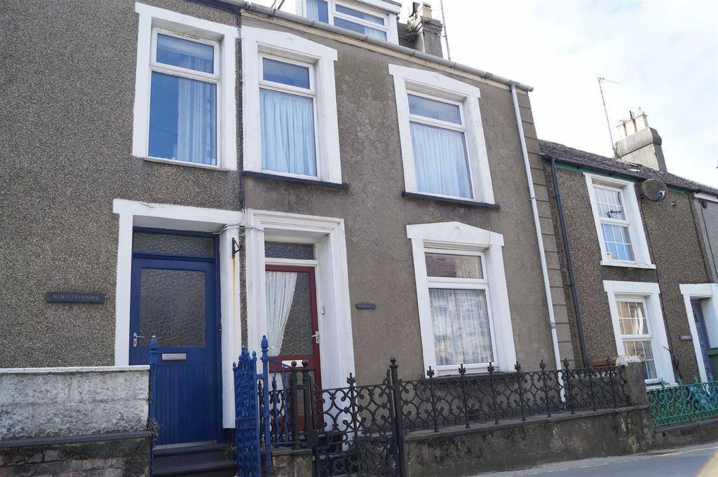 4 Bedrooms Terraced House for sale in Stryd Y Ffynnon, Nefyn