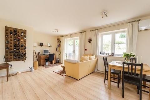 2 bedroom flat to rent - Bateman Street, Headington, OX3 7BG