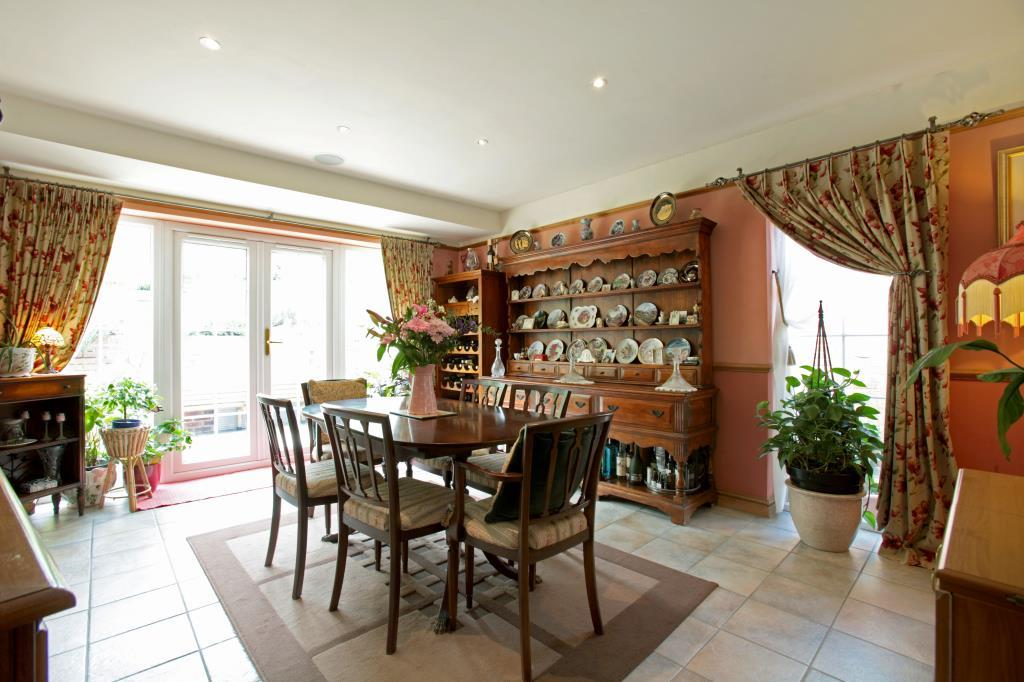 Compton Road, East Ilsley, Newbury, Berkshire, RG20 3 bed detached ...