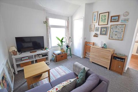 2 bedroom apartment to rent - CRWYS ROAD, CATHAYS, CARDIFF