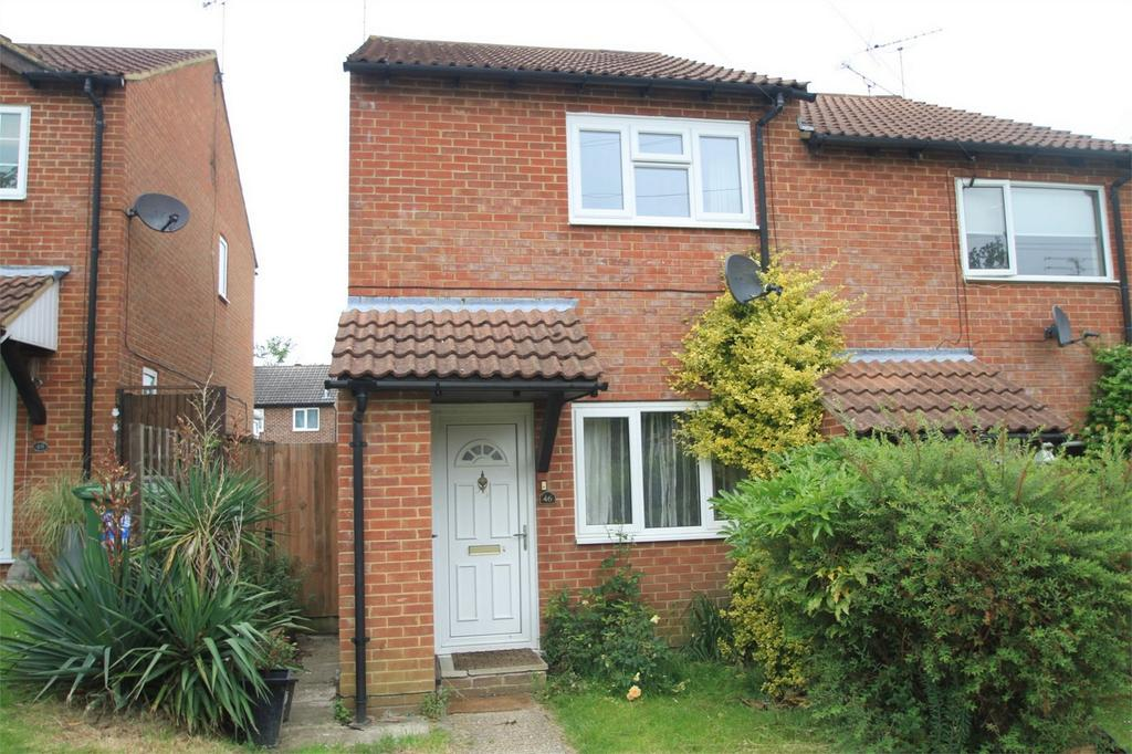 2 Bedrooms Semi Detached House for rent in Bordon, Hampshire