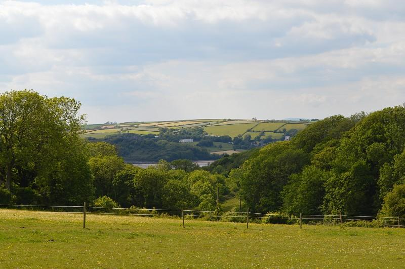 4 Bedrooms Land Commercial for sale in Ty Isaf , Broadlay , Ferryside, Carmarthenshire. SA17
