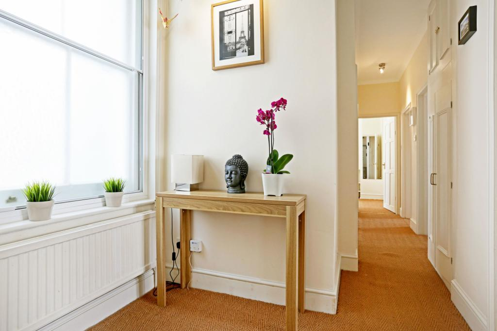 Museum Chambers Bury Place Bloomsbury London Wc1a 2 Bed Flat