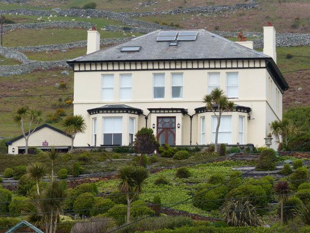 7 Bedrooms House for sale in Fronoleu Hall, Llanaber, LL42