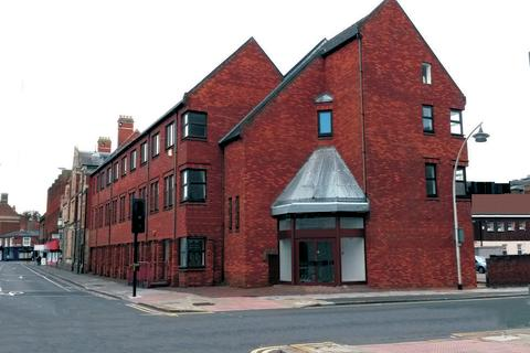 Studio to rent - Eagle Court, Harpur Street, Bedford, MK40