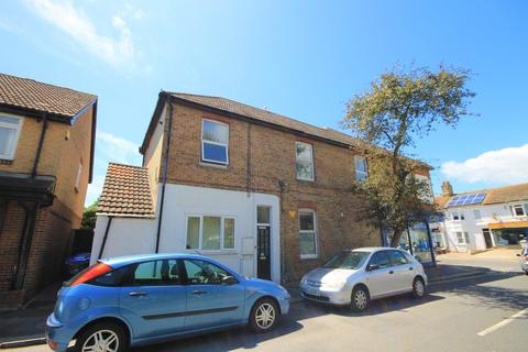 1 bedroom flat to rent - Gordon Road, Shoreham-by-Sea
