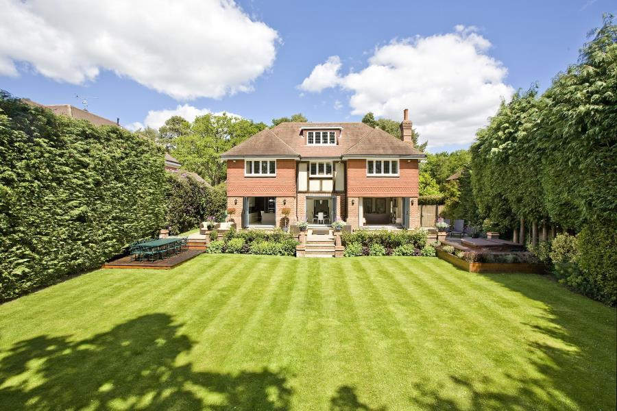 6 Bedrooms Detached House for sale in Wentworth Estate, Virginia Water