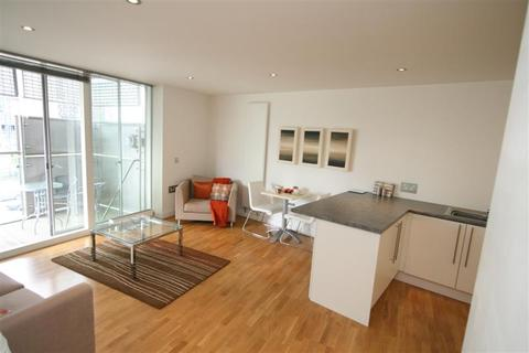 1 bedroom flat to rent - NV Buildings, 98 The Quays, Salford Quays, M50