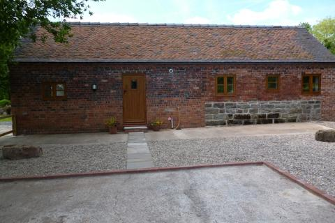 2 bedroom barn conversion to rent - Oaktree Barn, Outwoods Farm, Outwoods, Newport, Shropshire, TF10 9EB