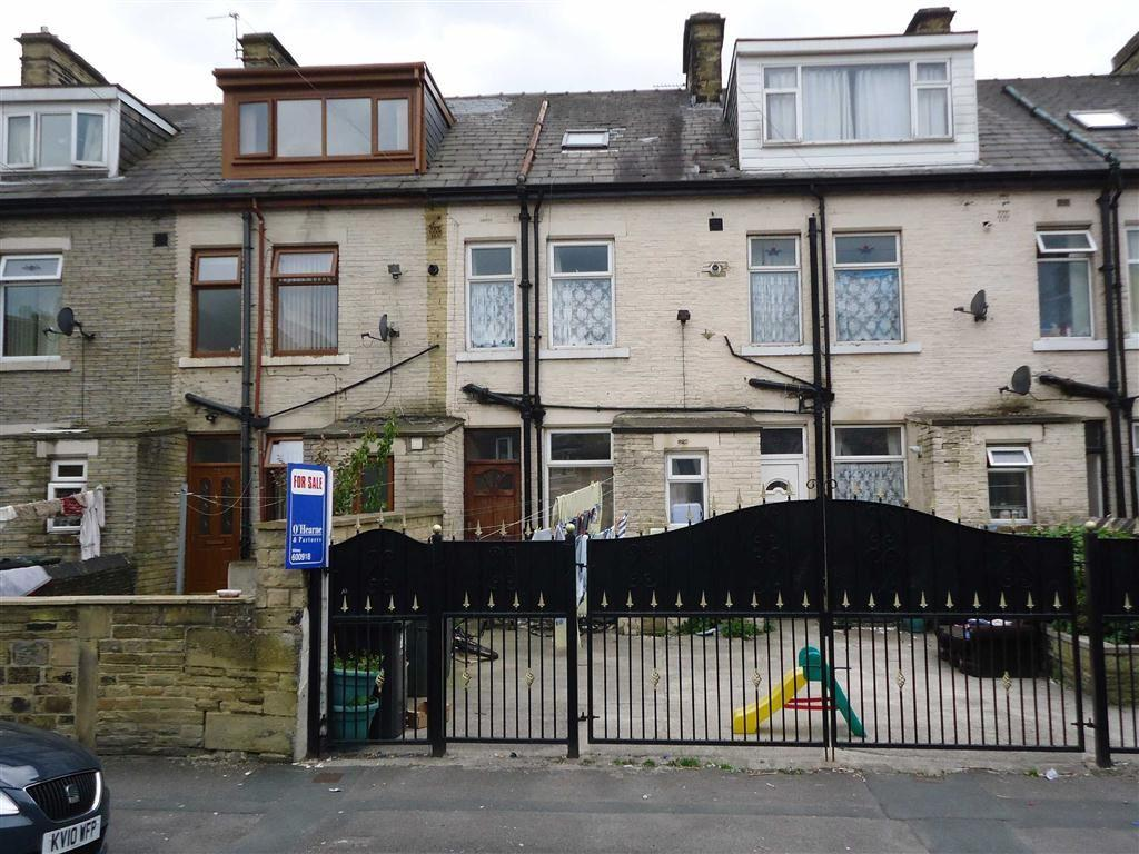 4 Bedrooms Terraced House for sale in Northampton Street, Bradford, West Yorkshire, BD3