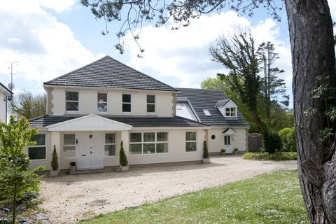 7 bedroom detached house for sale - Caswell Road