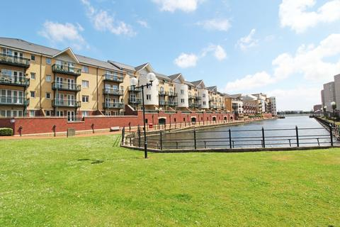 1 bedroom apartment for sale - Adventurers Quay, Cardiff Bay