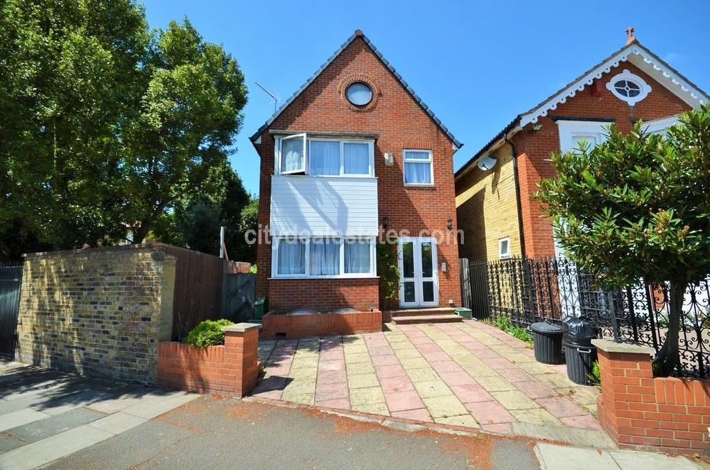 4 Bedrooms Detached House for sale in St Dunstans Avenue, Acton